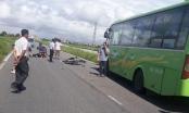 Nam Định: Xe máy húc trực diện xe khách đi ngược chiều, hai thanh niên tử vong tại chỗ