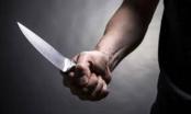 Bị nhắc nhở chuyện để xe, gã đàn ông lạnh lùng tìm dao đâm chết bảo vệ chợ