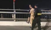 Quảng Ninh: CSGT thuyết phục, giải cứu thành công người phụ nữ có ý định nhảy cầu Bãi Cháy
