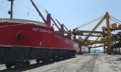Quảng Ninh: Xông đất đầu năm, hơn 25.000 tấn than được rót tại Cảng Cẩm Phả ngày mùng 1 Tết