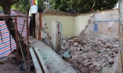 Hà Nội: Sập tường trường mầm non, 2 người thương vong