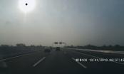 Bức xúc xe tải chạy ngược chiều trên cao tốc Hà Nội - Hải Phòng