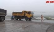 Hà Nội: Xử lý xe quá tải đại náo