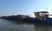 Bắt giữ 4 sà lan chở hơn 3.000 tấn than cám không nguồn gốc
