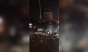Video: Hiện trường kinh hoàng vụ tai nạn giao thông giữa 3 ô tô làm nổ túi khí trên cầu Vĩnh Tuy