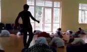 Xôn xao clip thầy giáo dạy võ thượng cẳng chân, hạ cẳng tay vào gáy vào lưng học trò như phim chưởng?