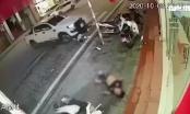 Clip: Kinh hoành cảnh xe máy lao như đạn húc trực diện xe bán tải nạn nhân bay lên vỉa hè bất tỉnh