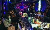 Nóng: Tập kích quán Karaoke vào 4h sáng, bắt quả tang 18 đối tượng phê ma túy