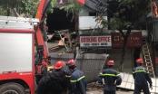 PHOTO - Sập nhà số 56 Hàng Bông: Lực lượng chức năng đang tháo dỡ toàn bộ ngôi nhà
