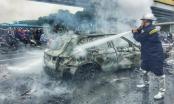 Tai nạn thảm khốc trên đường Lê Văn Lương: 3 xe máy cháy rực, xe ô tô Mercedes cháy trơ khung