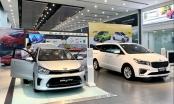 Xe Toyota và VinFast bán chạy kỷ lục, thị trường ô tô phi mã cuối năm