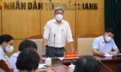 Số ca nhiễm Covid-19 tăng mạnh, đoàn công tác Bộ Y tế họp với tỉnh Bắc Giang đến đêm