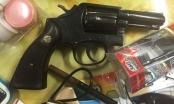 Vụ phát hiện súng tại sân bay Nội Bài: Trong súng colt đã có đạn