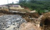 Cao Bằng: Mưa lớn trong đêm khiến nhiều tuyến đường bị sạt lở nghiêm trọng