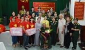 Đoàn Phật tử chùa Quán Sứ thăm và tặng quà tại Trung tâm Điều dưỡng Thương binh Duy Tiên
