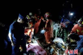 Hơn 130 người thương vong sau trận động đất kép tại Tứ Xuyên, Trung Quốc