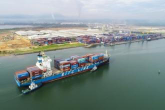 Cảng Chu Lai - Quảng Nam đón tàu container có trọng tải lớn đến 22.000 tấn