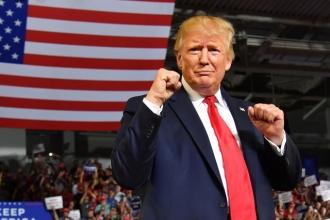 Bầu cử Mỹ 2020: Ông Trump lên sẵn kế hoạch ăn mừng tái đắc cử
