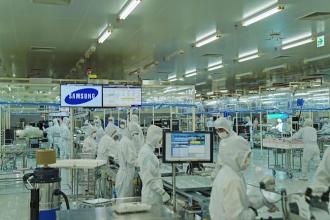 Apple và Samsung sang Việt Nam, cơ hội và thách thức