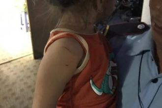 Đồng Nai: Giải cứu thành công bé gái 3 tuổi bị tên cướp bắt làm con tin