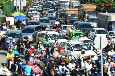 Thu phí xe hơi vào khu trung tâm TP HCM: Chủ trương 10 năm mới dừng ở… ý tưởng