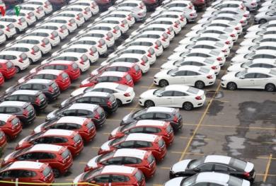 Vì sao ô tô nhập khẩu nguyên chiếc tăng?