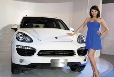Hàng trăm xe Porsche hạng sang được thu hồi do lỗi sản xuất