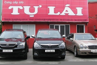 Thuê xe tự lái dịp Tết: Tiền nhiều cũng khó có xe