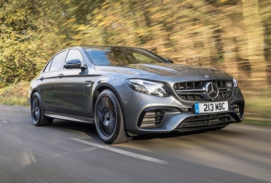 Top 10 sedan hạng sang năm 2021