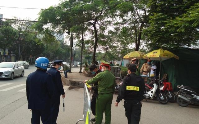 Hà Nội thiết lập nhiều chốt kiểm soát tại các phường