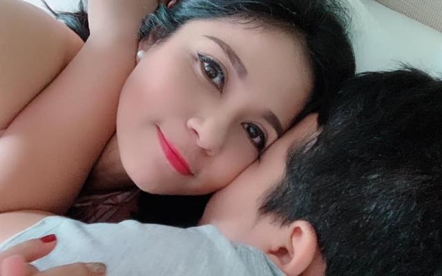 """Việt Trinh tiết lộ con trai 10 tuổi đã biết """"mê"""" gái, có máu đạo diễn"""