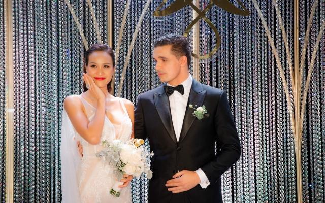 Phương Mai đeo trang sức cưới hơn 1,4 tỷ đồng trong hôn lễ