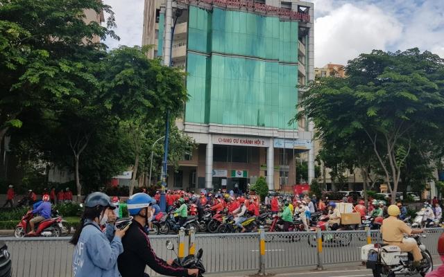 """Go-Viet bất ngờ thay đổi chính sách, hàng trăm tài xế đồng loạt """"đình công"""""""