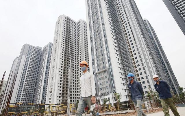 """Slide - Điểm tin thị trường: Ngân hàng Nhà nước mạnh tay """"siết"""" cho vay bất động sản"""
