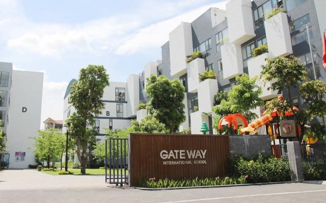 """Vụ bé trai trường Gateway tử vong: """"Không lý giải nổi ai là người thay áo cho cháu bé"""""""