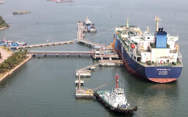 Slide - Điểm tin thị trường: Việt Nam chi hơn 633 triệu USD nhập xăng dầu trong tháng 7