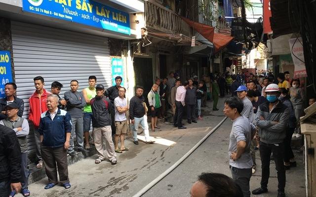 Hà Nội: Xe chở gas phát nổ, cả khu phố náo loạn