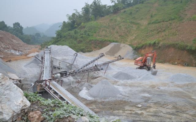 Tuyên Quang: Chưa hoàn thiện thủ tục, doanh nghiệp đã khai thác đá rầm rộ
