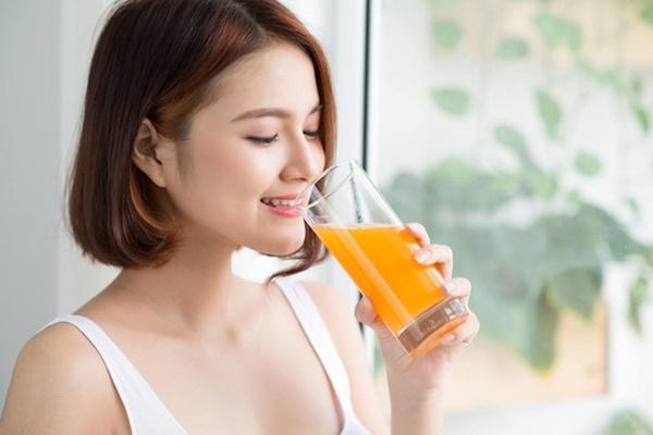 Uống quá nhiều nước cam có thể dẫn đến bệnh tiểu đường và viêm khớp