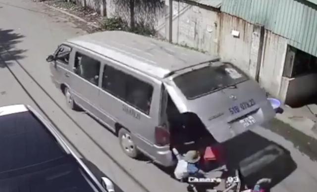 Nhiều tỉnh vẫn chưa báo cáo về dịch vụ đưa đón học sinh bằng ô tô