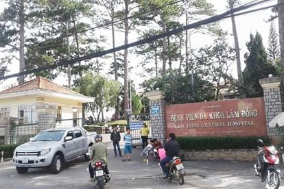 Lâm Đồng: Hàng chục trẻ em nhập viện sau khi ăn đồ từ thiện