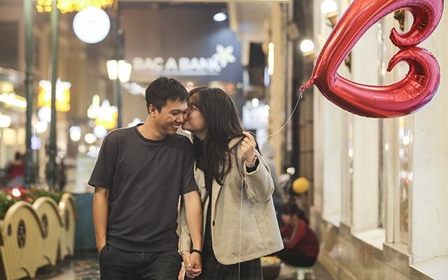 Những phút giây ngọt ngào của giới trẻ Hà Nội trong đêm Valentine