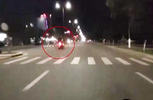 Người đàn ông tử vong tại chỗ khi sang đường không quan sát