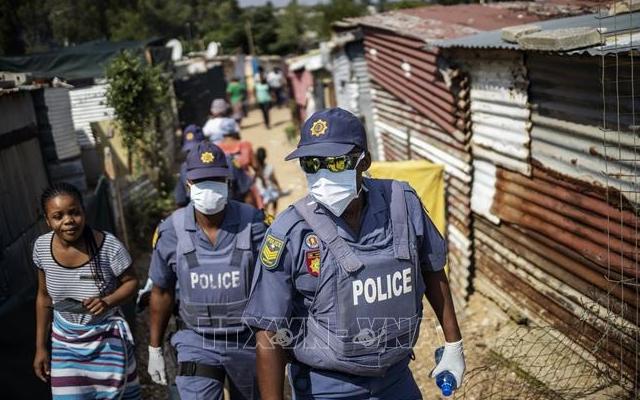 Nam Phi ban bố lệnh phong tỏa toàn quốc vì dịch COVID-19