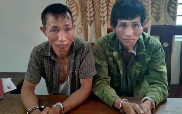 Bị vây bắt, hai đối tượng buôn ma túy dùng dao nhọn điên cuồng chống trả công an