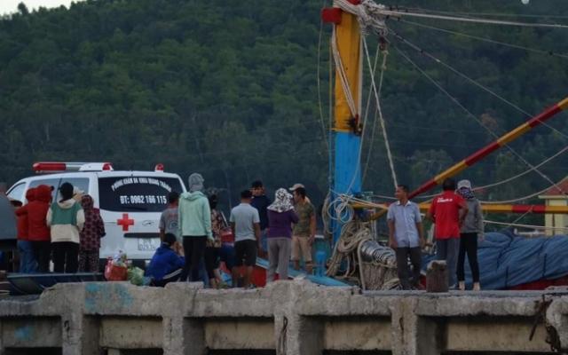 Nghệ An: Đứt dây tời, 3 ngư dân thương vong trên biển