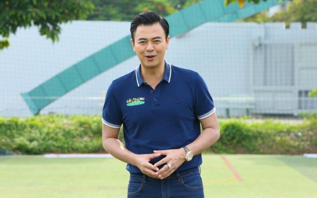 MC Tuấn Tú tiết lộ lý do từ bỏ giấc mơ sân cỏ
