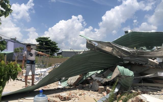 """TP HCM: Người dân """"phẫn uất"""" vì UBND xã Vĩnh Lộc A xử lý công trình xây cất trái phép thiếu công bằng?"""