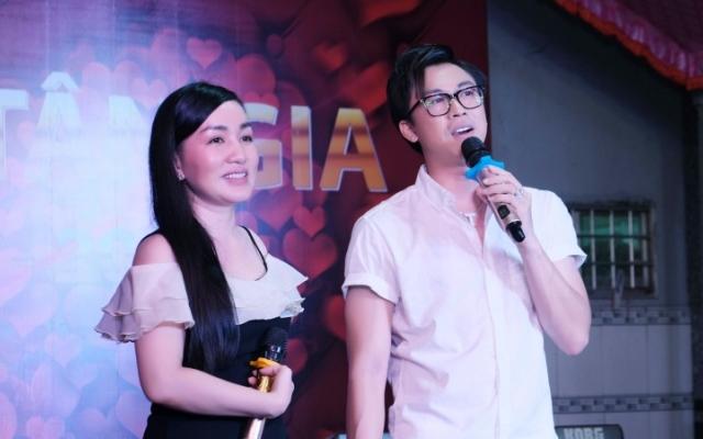 """""""Dàn sao"""" tham gia tiệc tân gia của Hồ Việt Trung"""