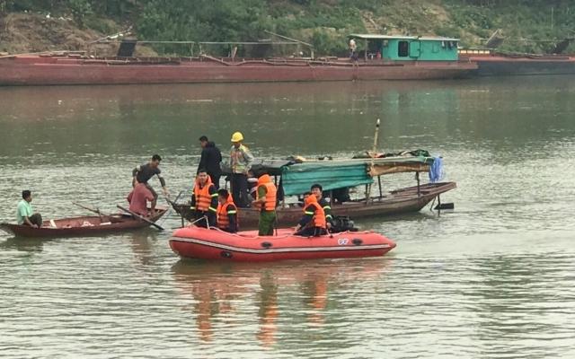 Xót xa nữ sinh lớp 10 ở Nghệ An gieo mình xuống sông Lam tự vẫn